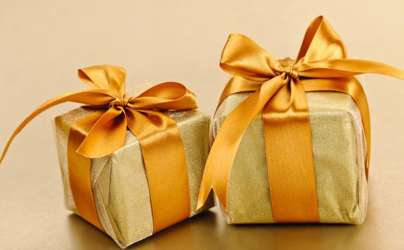 Boycott à la surconsommation de Noël épisode 4 : cadeaux solidaires, le double effet kisscool