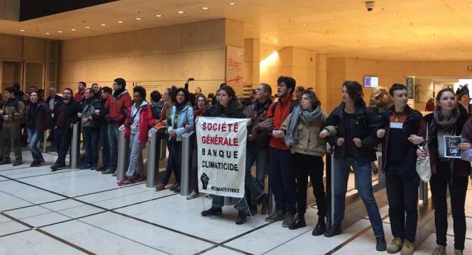 Occupation du siège de la Société Générale : bravo les jeunes!